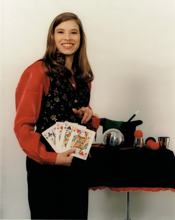 Magic Amy with cards